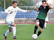 FK Ústí (bílé dresy) – Příbram 1:0.