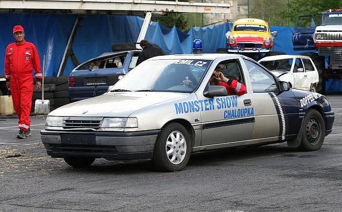 Kaskadérský cirkus Chaloupka Monster truck show v Ústí  nad Labem