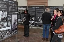 Výstava Zničené židovské památky severních Čech 1938 - 1989 měla předpremiéru v prostorách územního odborného pracoviště Národního památkového ústavu v Ústí nad Labem.