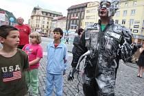 Šrotonátorova mise dorazila na Mírové náměstí do Ústí nad Labem.