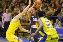 Severočeské derby v Národní basketbalové lize bylo opět ozdobou celé soutěže.