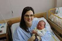 Ester Kapustová se narodila Veronice Kapustové z Ústí nad Labem 7. března ve 3.43 hod. Měřila 52 cm, vážila 3,62 kg