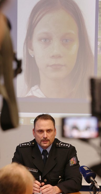 Policie žádá o pomoc při pátrání po dvanáctileté Michaele Patricii Muzikářové z Ústí nad Labem.