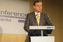 Premiér Petr Nečas na konferenci v Ústí nad Labem.