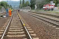 Směrem na Vaňov za ústeckým hlavním nádražím železničáři a policisté vyšetřovali případ sebevraždy seniorky.