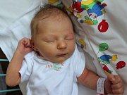 Adéla Jancsová se narodila 10.9. (10.02) Zdeňce Mrázkové. Měřila 49 cm, vážila 3,09 kg.
