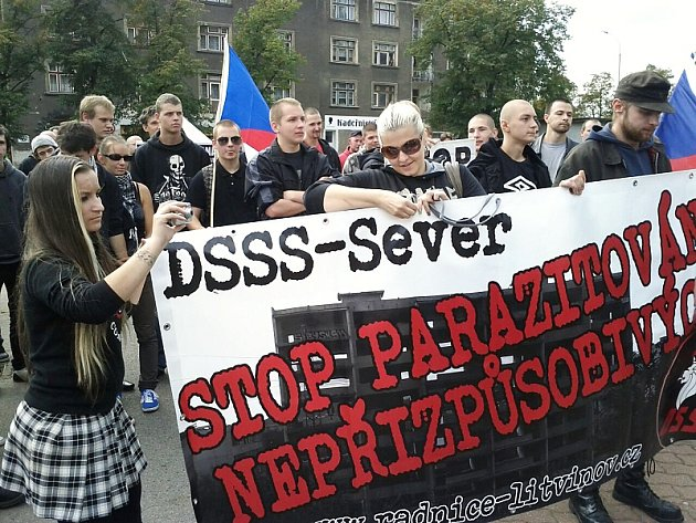 Pochod radikálů na Střekově.
