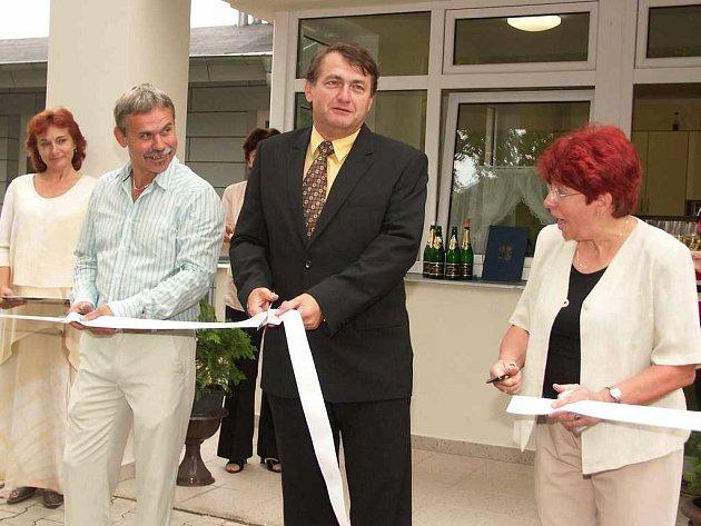 Slavnostního otevření dětského domova se účastnil i hejtman Jiří Šulc