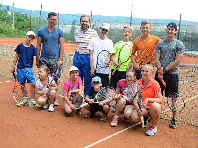 Jeden z nejmladších tenisových oddílů v Ústí, Pod svahem, uspořádal pro své děti tenisový kemp.