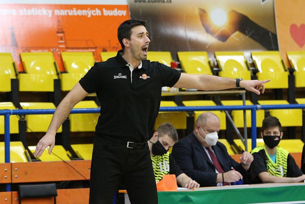 Trenér Sluneta Ústí nad Labem Antonín Pištěcký, ilustrační