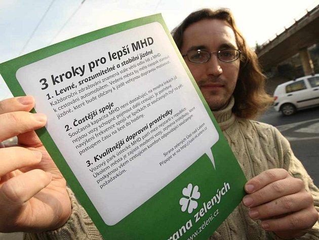 Tři kroky pro lepší MHD je název kampaně, kterou ve čtvrtek zahájili ústečtí Zelení