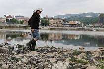 Labe v Ústí trpí nedostatkem vody.