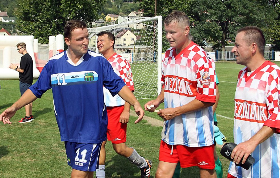 Exhibiční utkání mezi starou gardou Velkého Března a Kozlovnou Ladislava Vízka.