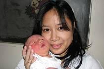 Mariyani Hlavsová, porodila v ústecké porodnici dne 12. 12. 2010 (6.46) syna Daniela (49 cm, 3,25 kg).