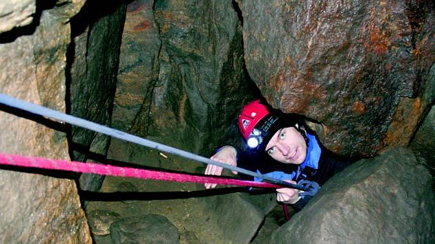 Bozkovské dolomitové jeskyně patří k největším jeskynním systémům v severovýchodních Čechách. Leží ve východní části Libereckého kraje v okrese Semily. Honosit se mohou největším podzemním jezerem u nás vůbec. Turisté se mohou procházet labyrintem o délce