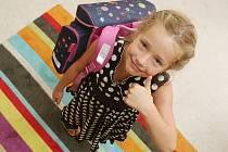 Rodiče začínají nakupovat školní pomůcky. Ilustrační foto