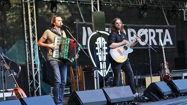 Hudební festival Interporta se přesouvá do léta.