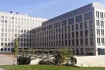Již je to rok, kdy byla zkolaudována nová budova univerzitního kampusu – Centrum přírodovědných a technických oborů (CPTO).