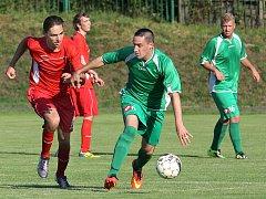Libouchec (zelení) vkročil do nové sezony levou nohou.