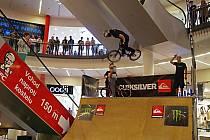 Ďáblové na kolech a skateboardech ovládli Forum.