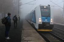 Výstaha před smogem už neplatí. Mlhavé počasí ale panovalo na většině území kraje i v pátek ráno.