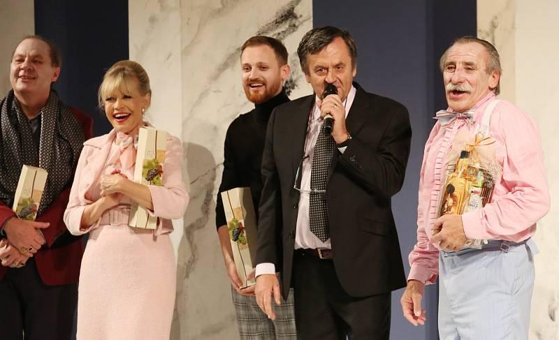 Herec Pavel Zedníček slavil v kulturním domě v Ústí nad Labem své 70. narozeniny