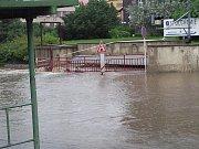 Zatopení ulice Čajkovského ve Vaňově.