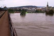 Povodně, srpen 2002. Železniční most.