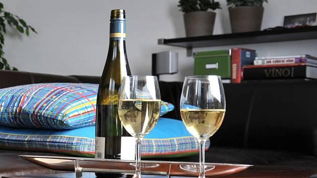 Tvar sklenice umocňuje charakter vína. Ilustrační foto.