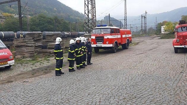 Dobrovolní hasiči na Střekově dostali nový vůz