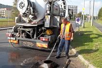 Blokové čištění ulic potrvá do konce října.