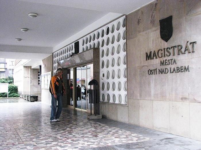 Magistrát města Ústí nad Labem.