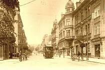 1900: Série ukazuje jak se změnila Masarykova ulice, od obytných domů ke komerčním objektům.