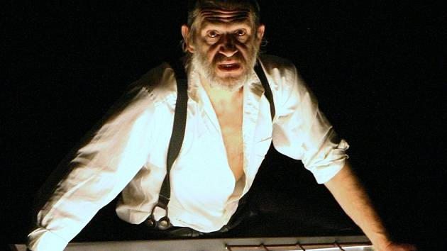 Herec činohry Jaroslav Haidler.
