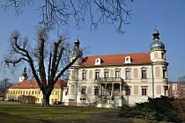 Zámků a zámečků tu bylo dost, znáte historickou stavbu v Krásném Březně?