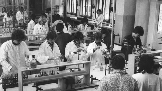 Střední průmyslová škola Chemická, škola s obrovskou tradicí.
