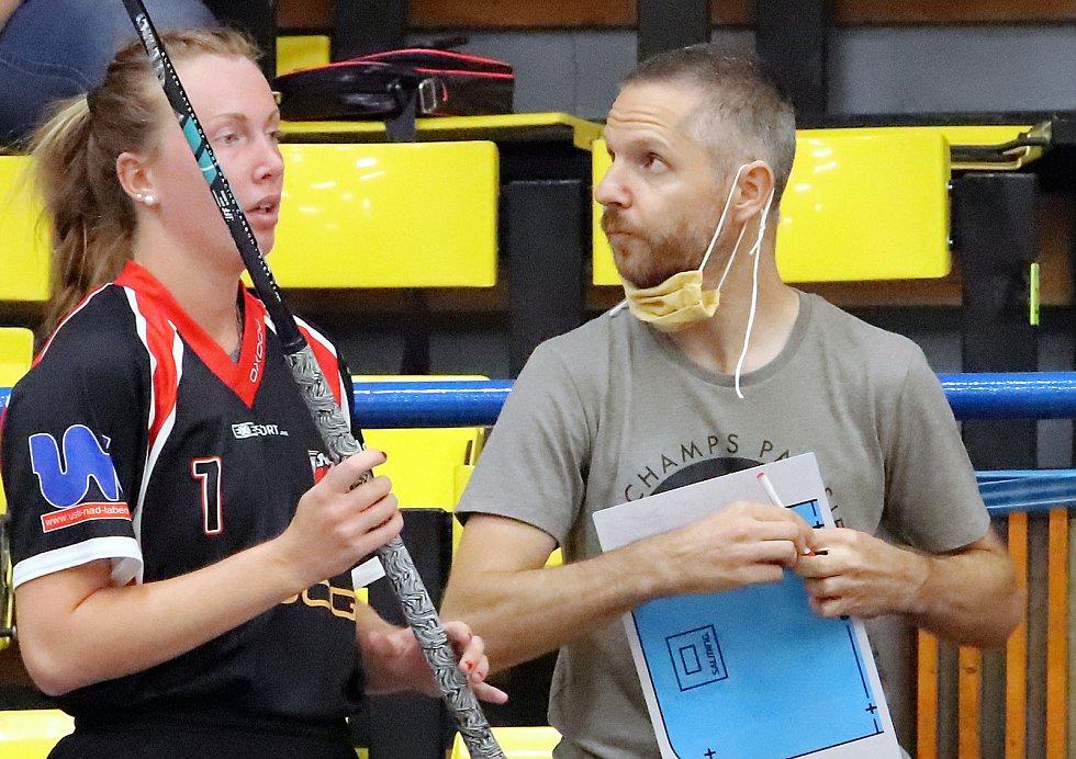 Florbalistky Ústí nad Labem a trenér Michal Wildhaber