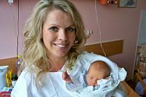 Kateřina Kupcová, porodila v ústecké porodnici dne 30.6.2012 (6:13) syna Šimona (45 cm, 2,45 kg).