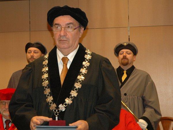 Ioan D. Marinescu.