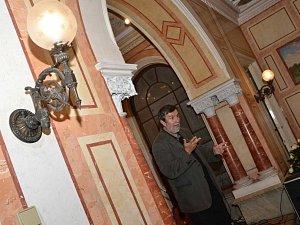 Vlastimil Vondruška na zámku v Trmicích