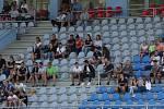 Česká republika U18 (v bílém) porazila v Ústí nad Labem Lotyšsko U18 2:1