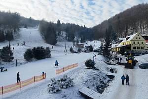 Skiareál Telnice v pondělí 30. prosince