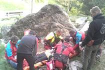 Zásah Horské služby při pádu horolezce v Tiských stěnách.