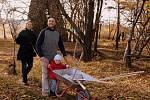 Na sázení stromů se díky grantu Nadace Partnerství chystají na 16 místech v celé České republice.