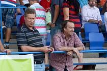 Přemysl Bičovský, nový kouč Army, sledoval společně se sportovním manažerem Stanislavem Pelcem celek Army při střetnutí na hřišti Táborska.