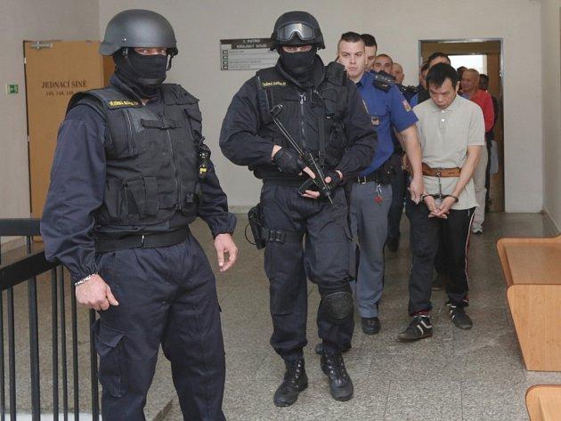 Soud se 14 členy vietnamsko-českého drogového gangu.