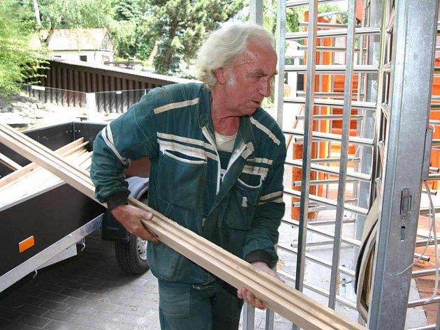 Instalace turniketů v zoologické zahradě