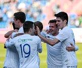 Fotbalisté Ústí (modří) prohráli v Ostravě 0:3.