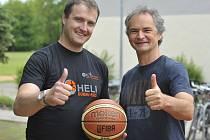 Bývalý ústecký rozehrávač Tomáš Holešovský (vlevo) bude od nové sezony trénovat v Německu.