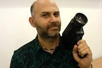 Amatérský filmař David Surý.
